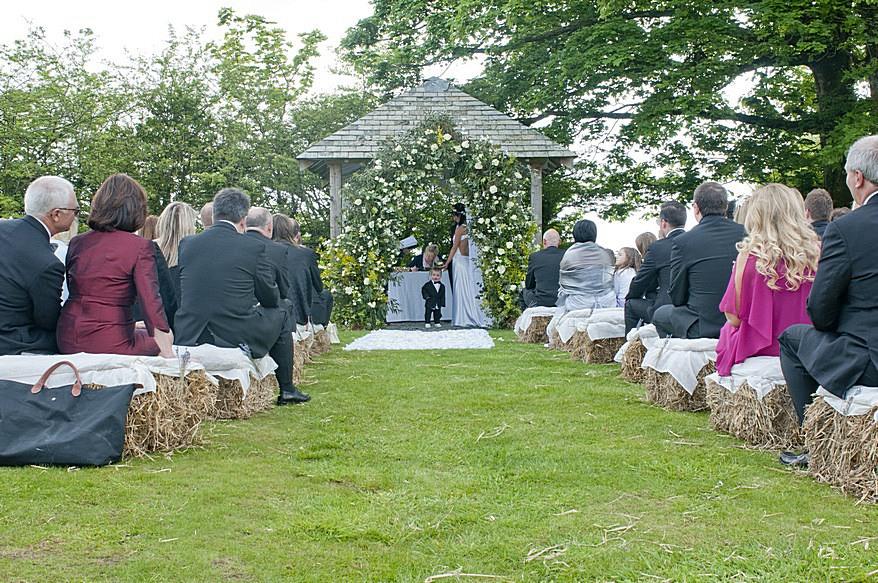 Trevenna barns wedding photographer 7