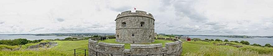 pendennis-castle-wedding photographer