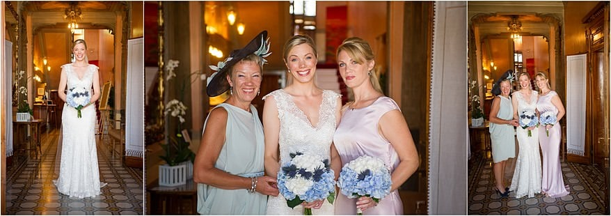 Bride and her mum, and bridesmaid in the enterance of Hotel Laurin