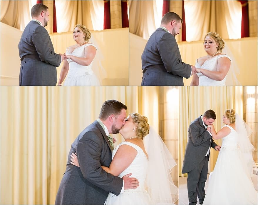 Exchange of the rings at a Alverton Hotel Wedding