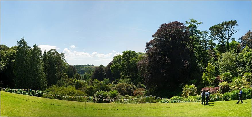 Beauitful sunny views at a Trebah Garden Wedding