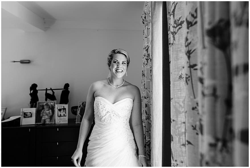 Beauitful bride at the merchants manor hotel wedding