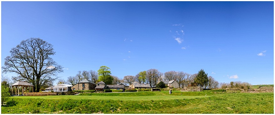 spring-wedding-at-trevenna-barns-in-bodmin-1