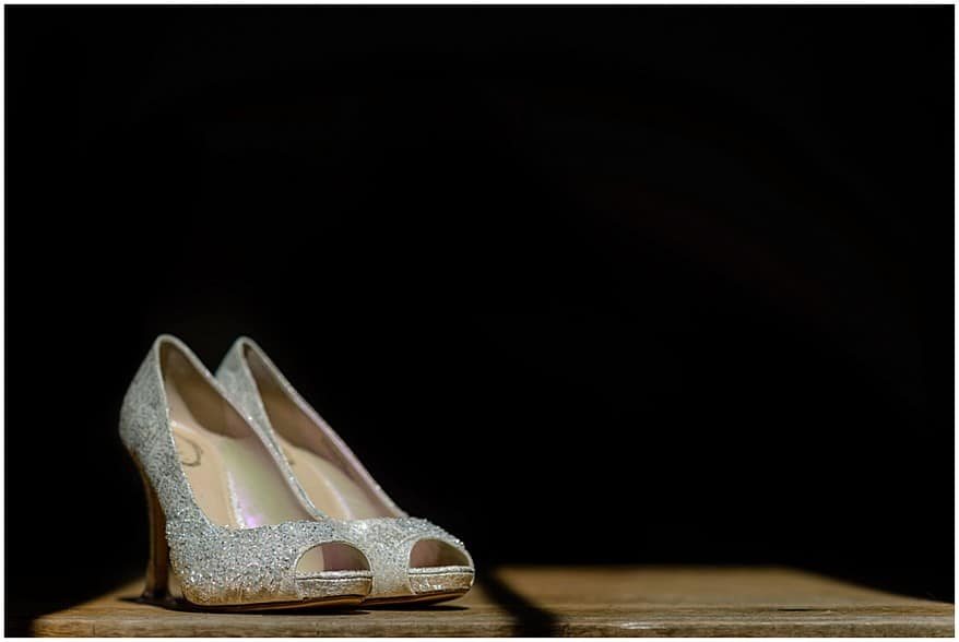 wedding shoes at trevenna barns in bodmin 6