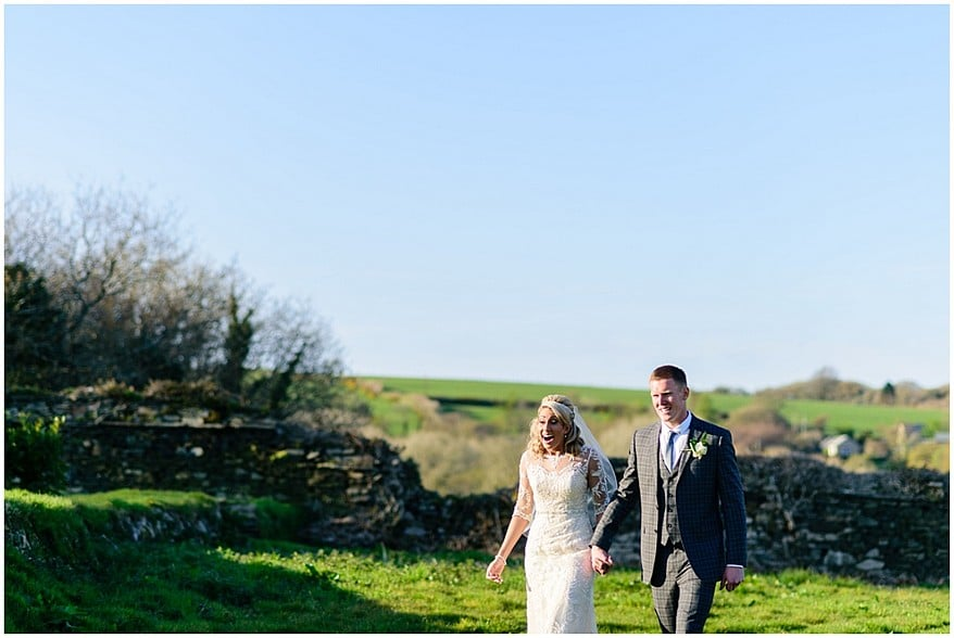 spring-wedding-at-trevenna-barns-in-bodmin-60