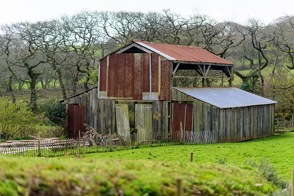 Tin barn at Nancarrow Farm 2