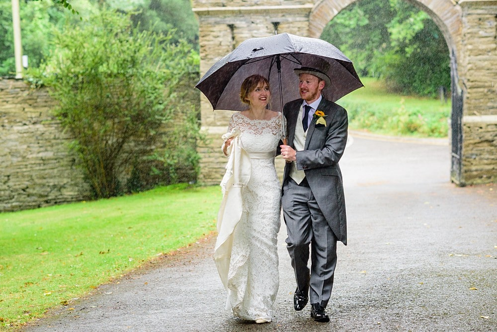 Rainy wedding in Cornwall 148