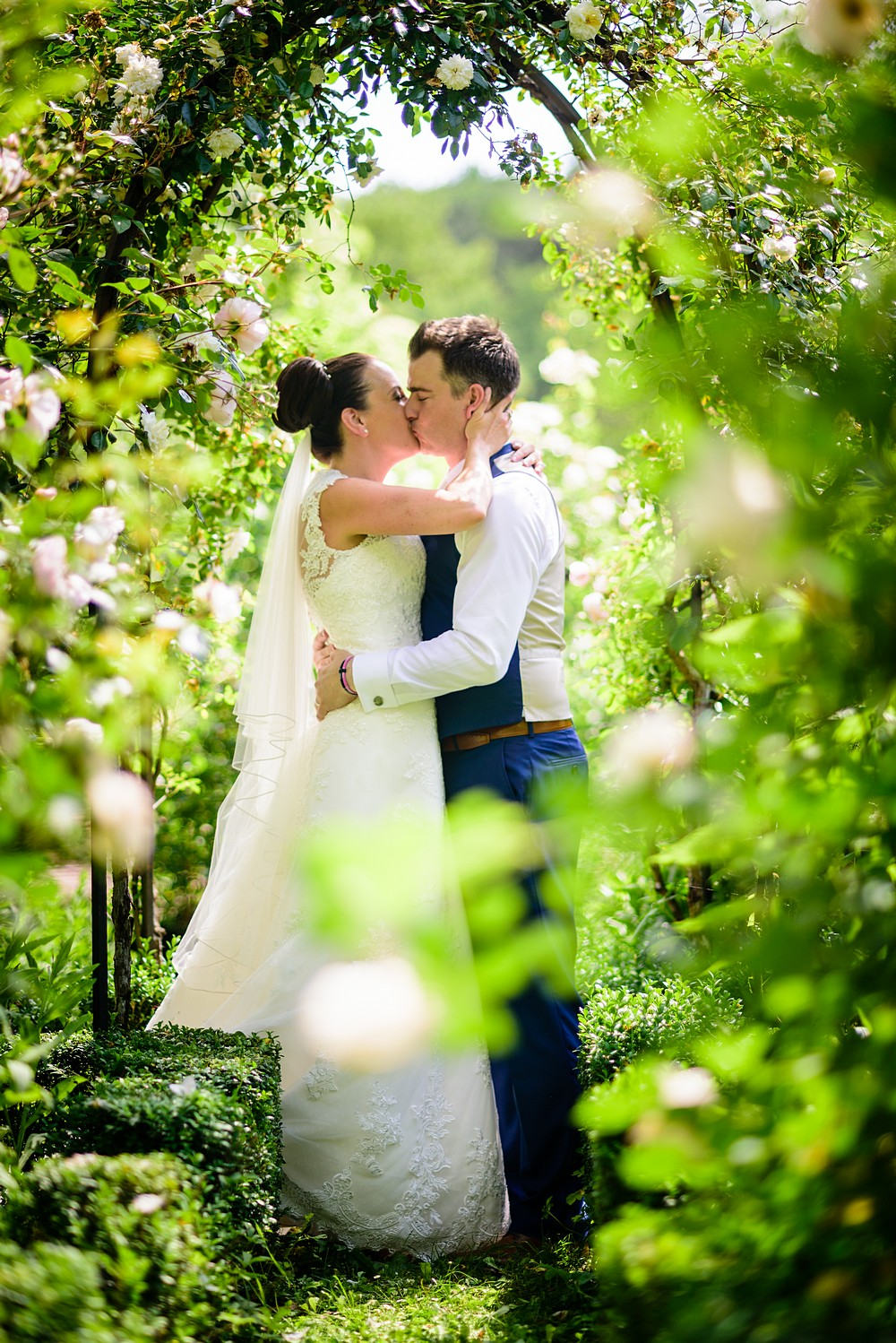 Wedding photography in the gardens at Chateau Forge Du Roy 71