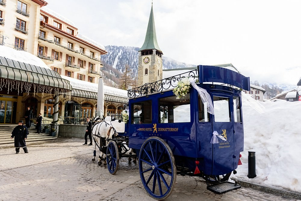 Horse and carriage wedding in Zermatt
