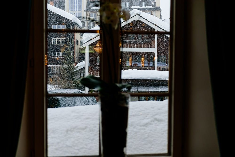 snowing at the Zermatterhof