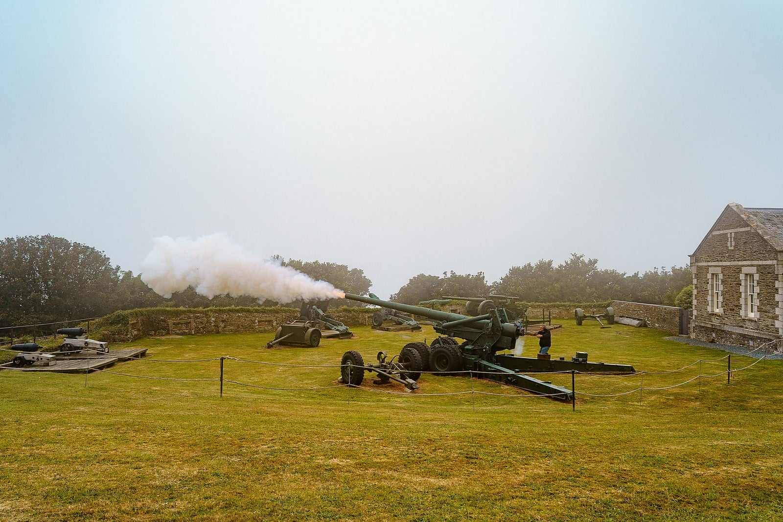 ww2 canon being fired at Pendennis Castle