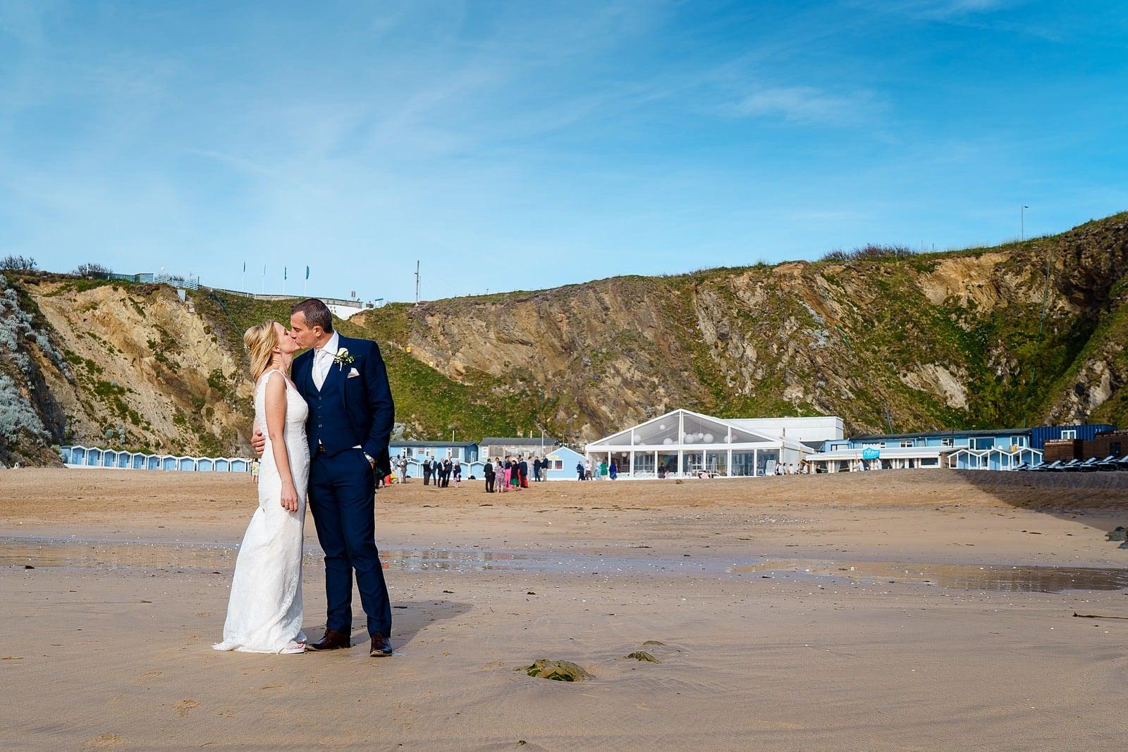 sunny wedding at lusty glaze