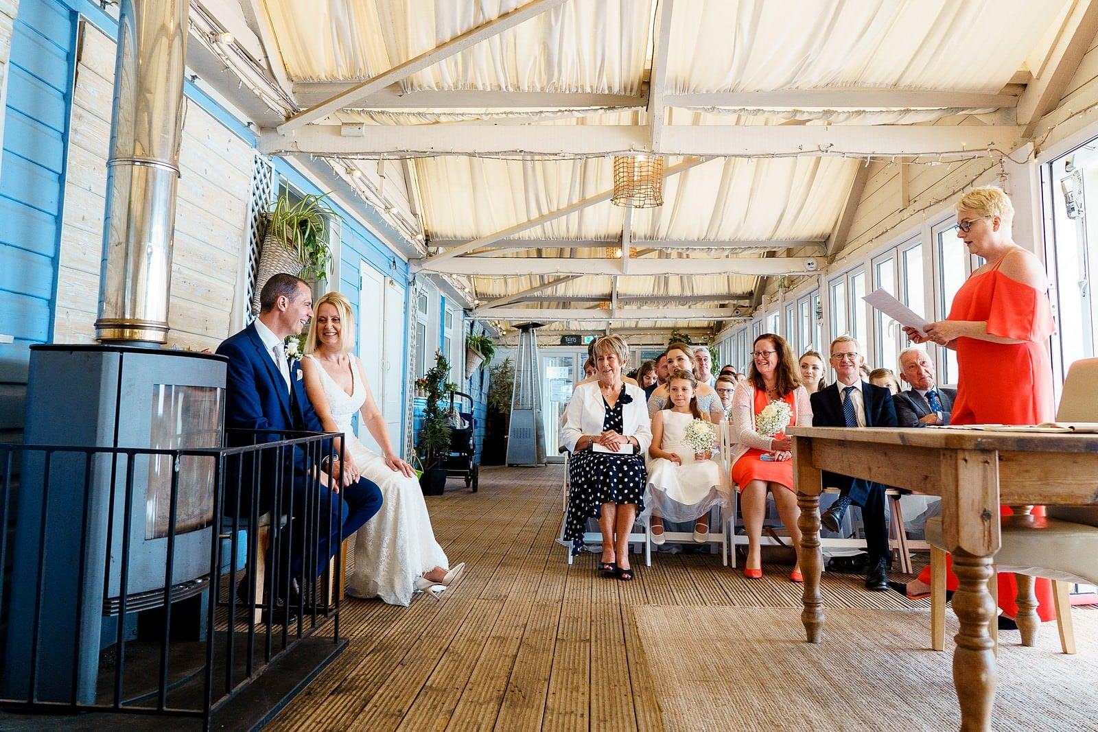 lusty glaze wedding ceremony in newquay