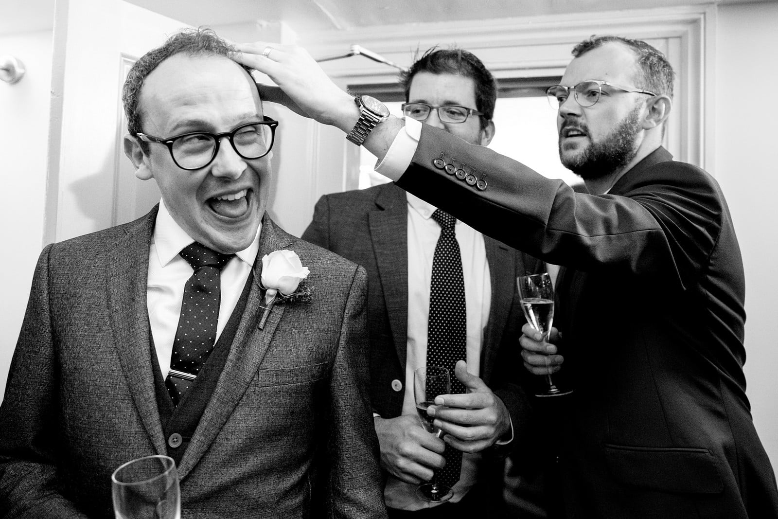 candid wedding photographer at the rosevine hotel 2