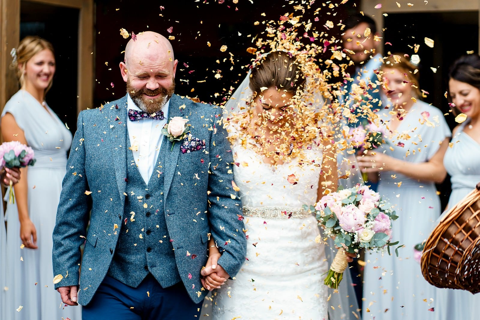 confetti at a ufton court wedding 1