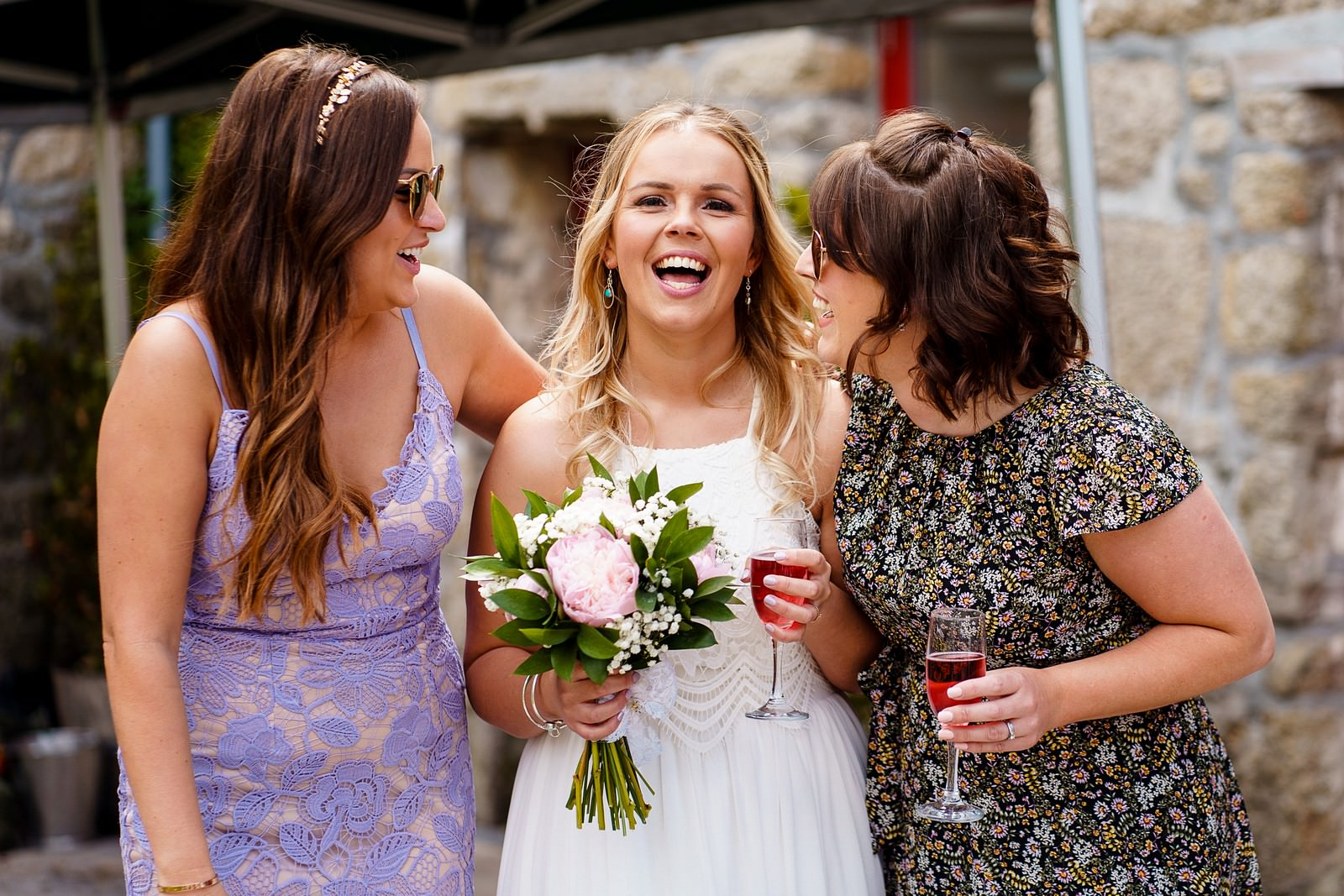 happy bride with friends at knightor winery 58