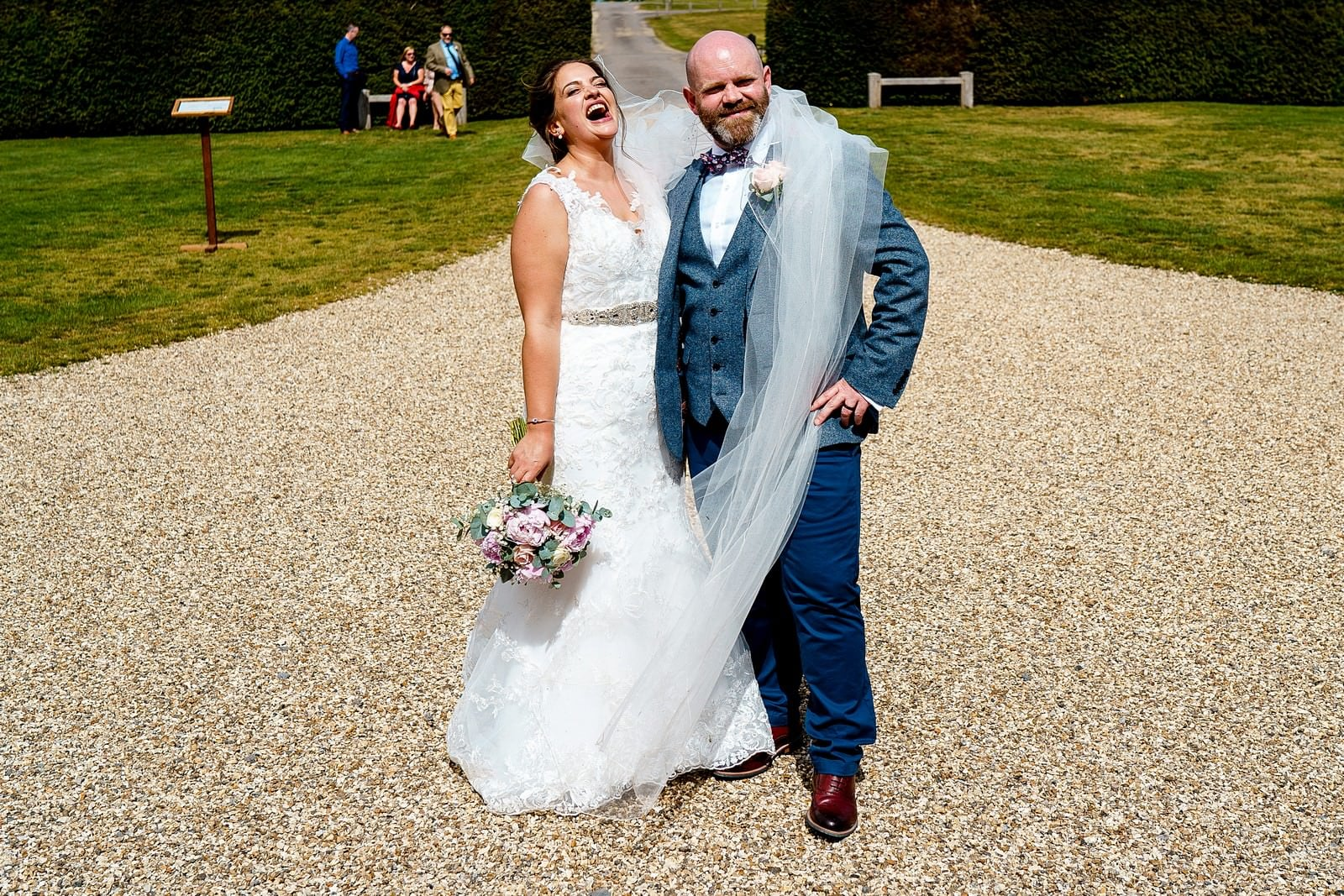 wedding at ufton court in berkshire 5