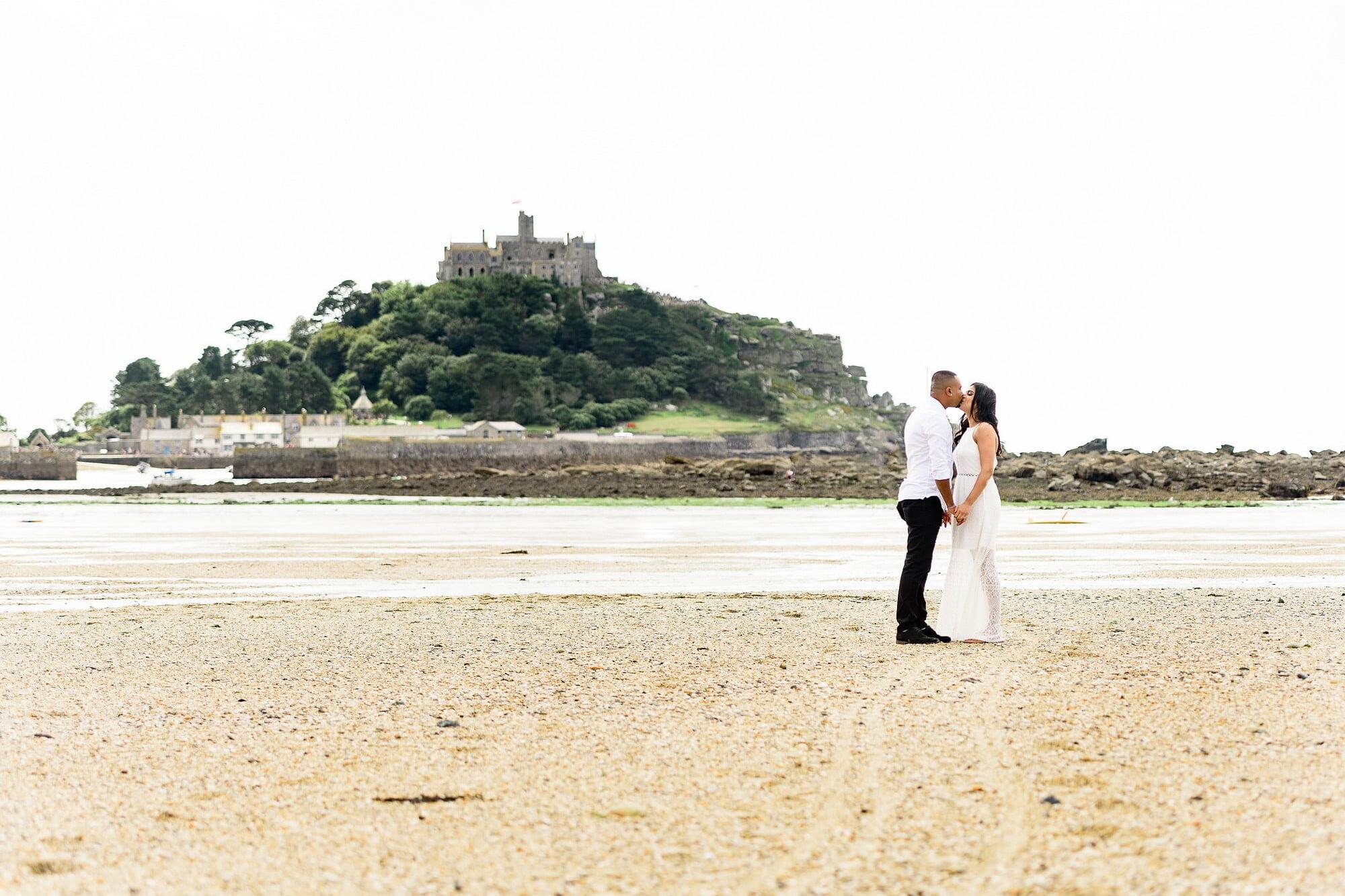 st-michaels-mount-wedding-proposal-10